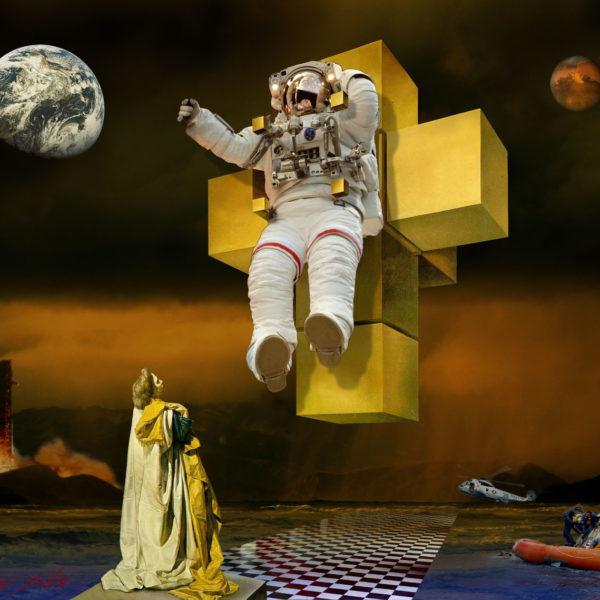 Dali In Space